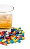 Droghe ed alcool in mistura Fotografie Stock