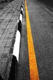 Drogi Boczna żółta linia Zdjęcia Royalty Free