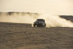 Drogi ciężarowy konkurowanie w pustynnym wiecu Obrazy Stock