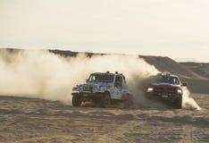Drogi ciężarowy konkurowanie w pustynnym wiecu Obraz Royalty Free