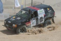 Drogi ciężarowy konkurowanie w pustynnym wiecu Obraz Stock