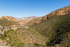 Drogi i góry - krajobraz Zdjęcie Stock
