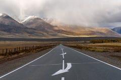 Drogowa góra asfaltu chmur burza Fotografia Stock