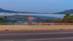 Drogowe góry i mgła przy Phetchabun Zdjęcie Stock