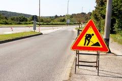 Drogowe pracy podpisują dla robot budowlany w miasto ulicie Drogowy w budowie ruchu drogowego znak Ruch drogowy, znaka ostrzegawc Obraz Royalty Free