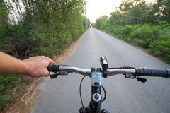 Drogowego kolarstwa kąta prędkości szeroki krótkopęd Zdjęcia Stock