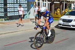 Drogowy Ścigać się cyklista Obrazy Royalty Free