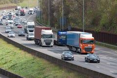 Drogowy ruch drogowy Brytyjska M25 autostrada Fotografia Stock