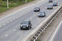 Drogowy ruch drogowy na drodze Zdjęcia Royalty Free