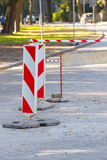 Drogowy znak na miasta uliczny informować o niebezpieczeństwie Zdjęcie Royalty Free