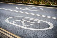Drogowy znak, prędkości ograniczenie Zdjęcia Royalty Free