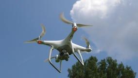 Drohnenfliegen stock footage