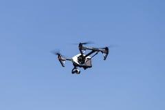 Drohnenfliegen Lizenzfreies Stockfoto