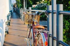 Droit sur deux roues Photo libre de droits
