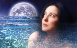 Dromen van een vrouw Stock Foto's