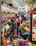 Dromend van een gelukkige staking in Osaka, Japan Stock Afbeeldingen