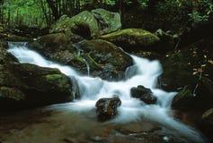 Dromerige Waterval Royalty-vrije Stock Afbeeldingen