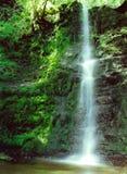 Dromerige waterval stock afbeeldingen