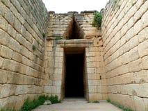 Dromos alla tomba dell'alveare, Ministero del Tesoro di Atreus, sito archeologico di Micene, Grecia immagine stock