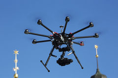 Dron. S1000 with 5D Mark III fly Royalty Free Stock Photos