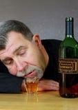 Dronken Alcoholische Volwassen Mens Stock Foto's