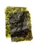 Droog geroosterd die zeewier op wit wordt geïsoleerd royalty-vrije stock fotografie