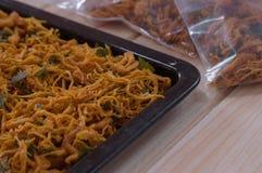 Droog met de hand gemaakt kippenvlees stock foto's