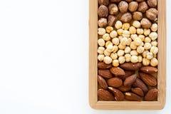 Droog organisch gezond fruit (hazelnoten, amandelen, leble kikkererwt, Stock Afbeelding