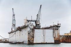 Droogdok, scheepswerf in haven van Hafnarfjordur stock afbeelding