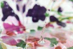 Droppe av att plaska för vatten Royaltyfri Fotografi
