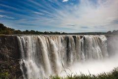 Droppen av vatten på Victoria Falls på den afrikanska floden Zam Arkivbilder