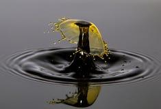 Dropps s'entendants de l'eau images stock