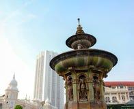 Drottning Victoria Fountain på den Merdeka fyrkanten, Kuala Lumper Malaysia arkivfoton