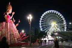 Drottningen och pariserhjulen - karneval av Nice 2016 Fotografering för Bildbyråer