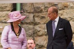 Drottningen och prinsen Philip besöker Merthyr Tydfil, södra Wales, UK royaltyfria foton
