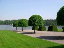Drottningholm kungliga trädgårdar, Sverige royaltyfria foton