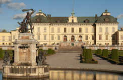 Drottningholm slott (皇宫)在Sto外面 免版税图库摄影