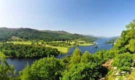Drottnings sikt på fjorden Tummel - Skottland, UK fotografering för bildbyråer