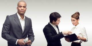 Drużyna młodzi pomyślni ludzie biznesu Zdjęcie Stock