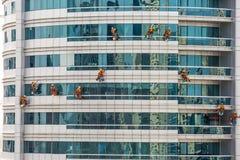 Drużyna Wspinaczkowy pracowników Czyścić Zdjęcie Stock