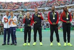 Drużynowy czech, drużynowy usa, usa piasków, skarpety i drużyny Taranujemy V (L) Williams podczas medal ceremonii po tenisa miesz Obraz Royalty Free