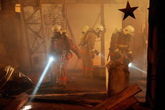 drużyny ratowniczej wypadkowa ofiara Zdjęcia Stock