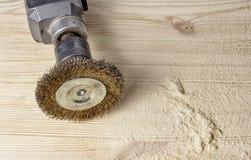Druciany muśnięcie dla machining drewna obrazy royalty free