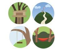 Drucken Sie, ein Baumhaus zu errichten, das Gebirgsbaumschwingen-Farbgekritzel zu klettern einstellen flachen Sommer vektor abbildung