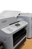 Druckerdokument im Büroeinrichtungs-Isolathintergrund Stockfoto