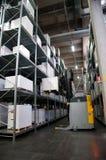Druckerei: Automatisiertes Lager (für Papier) Stockfoto