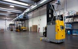 Druckerei: Automatisiertes Lager (Papier) Stockfotografie