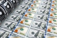 Druckgeld 100 Dollarscheine Wiedergabe 3d Lizenzfreie Stockfotografie