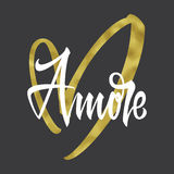 Druckt-shirt Liebe und goldenes Herz Stockbild