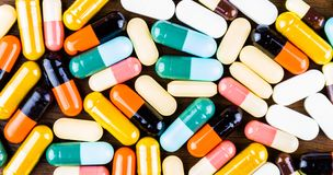 Free Drug Prescription For Treatment Medication. Pharmaceutical Medicament, Cure In Container For Health. Pharmacy Theme, Capsule Pills Stock Photos - 102858623